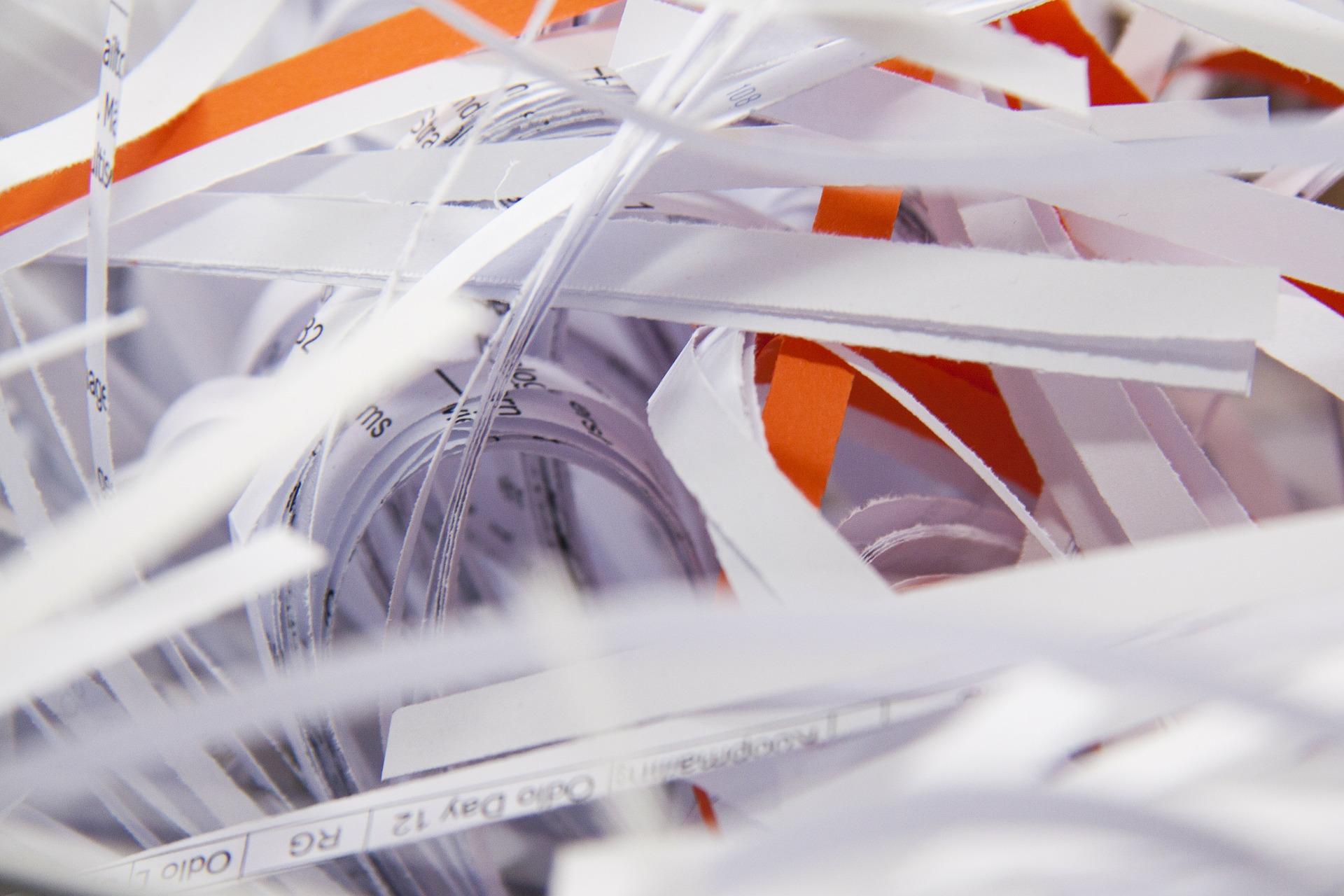 distrugator documente